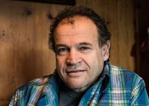 Dr. Armin Falkner