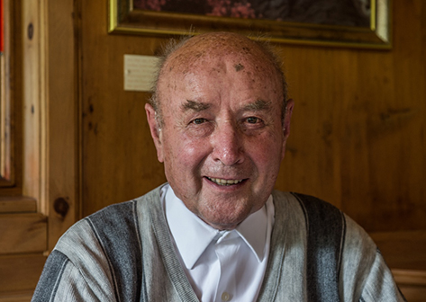 Pfarrer Alfons Senfter